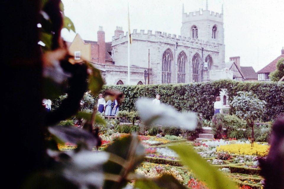 Stratford - Stratford-1964-03-Guild-Chapel.jpg