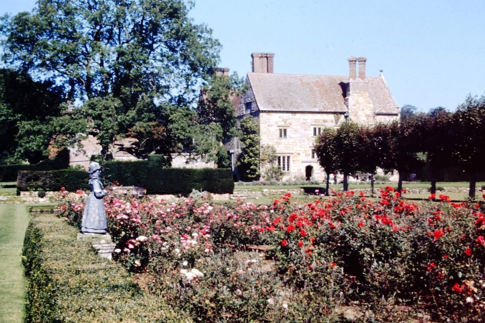 Sussex - Sussex-1974-20-Batemans-House.jpg