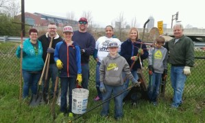 old southside 2017 great indy cleanup volunteers 2