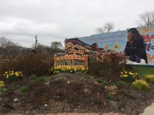 old southside 2017 great indy cleanup welcome garden before
