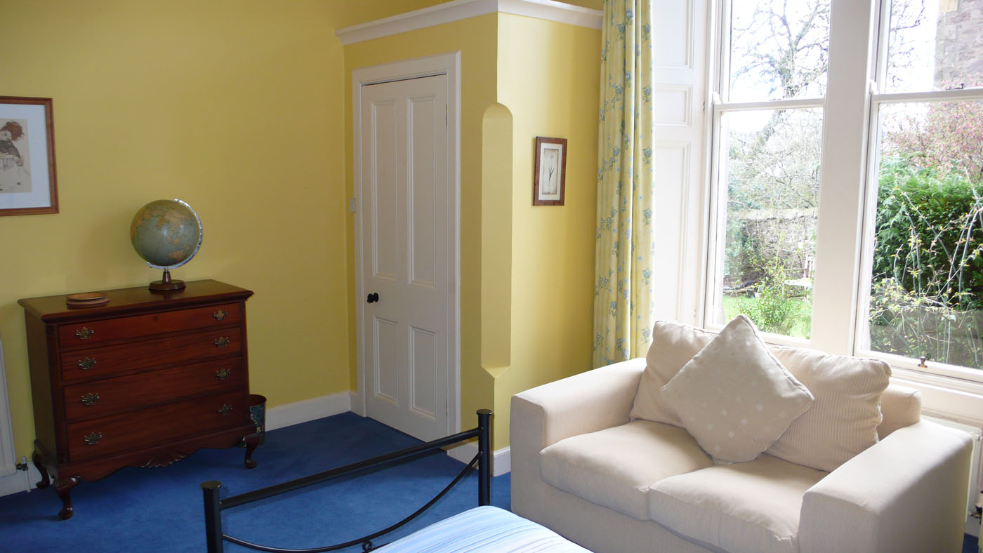 Twin Bedroom with Sofa, Old St. Michaels