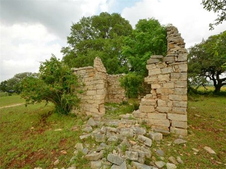 old stone ruins, old stone home, Dripping Springs, Texas, grazing land, farmland