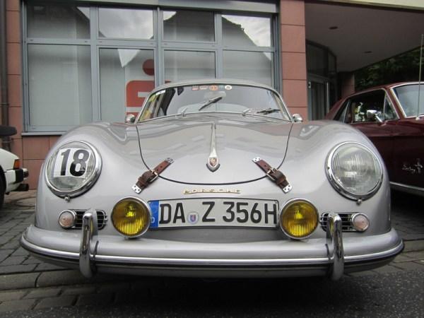 Alte Autos - Oldtimer - oldtimerfan.eu