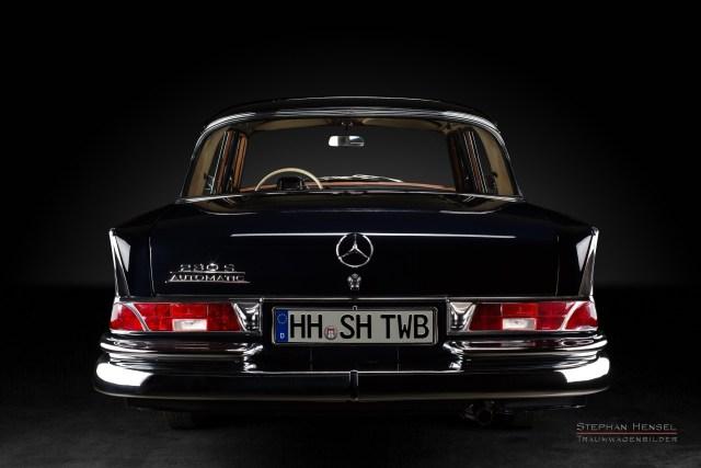 Mercedes-Benz 230 S, Oldtimer, 1964, Heckansicht, Oldtimer Fotograf: Stephan Hensel, Hamburg