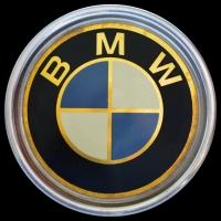Logo BMW als Radkappenabdeckung