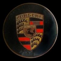 Logo Porsche 356 auf Radkappe