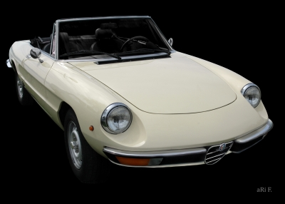 Alfa Romeo Spider in black & white (Originalfoto)