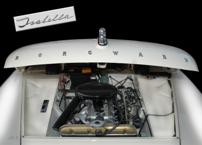 Borgward Isabella engine details in black-white 03
