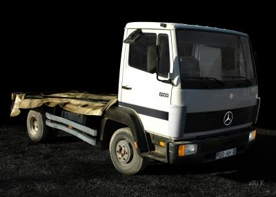 Mercedes-Benz LK 709 Poster in Originalfarbe