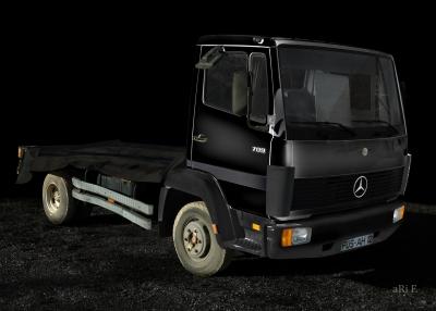 Mercedes-Benz LK 709 Poster in black