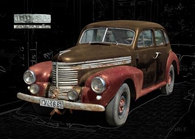 Opel Kapitän 1938 in black & chocolate-rosy