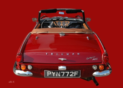 Triumph Spitfire Mk3 red & red in Originalfarbe