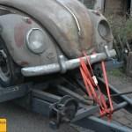 VW Käfer 10 Jahre gefahren und dann 45 Jahre in der Scheune stehen gelassen.