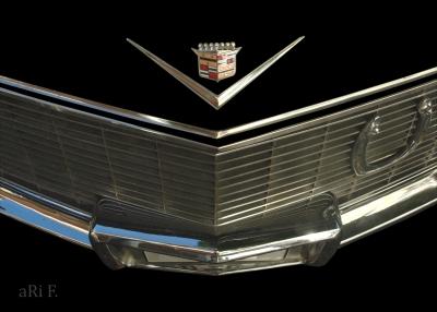 Cadillac DeVille Kühlergrill Detail 01
