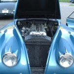Jaguar XK 120 mit Motoransicht