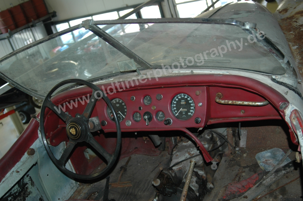 Jaguar XK 140 in Restauration Interieur