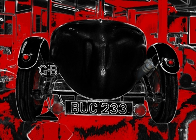 Lagonda Rapier Le Mans in red & black rear view