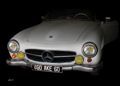 Mercedes-Benz 190 SL in minimalism pure 03