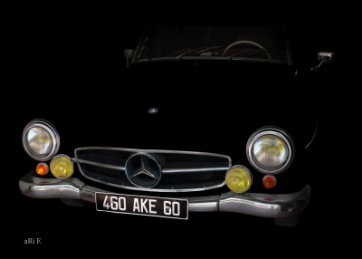 Mercedes-Benz 190 SL in minimalism in black 02