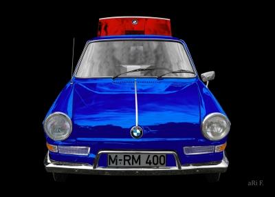 BMW 700 in black & red-blue mix minimal