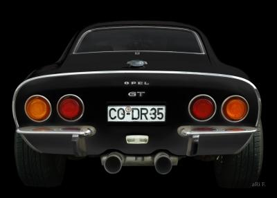 Opel GT Poster in black & black rear view