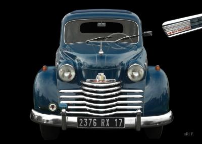 Opel Olympia Baujahr 1950-1953 mit Logo Olympia (Originalfarbe)