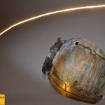 Marcello Mondazzi, Acrylglas-Flächen mit Flammen und mineralischen Zusätzen zu transparenten Skulpturen geformt