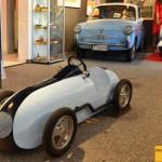Baby Maserati und Autobianchi Bianchina und Vespa Motorroller