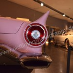 Ford Thunderbird 1957 Heckteilansicht mit typischen Heckflossen