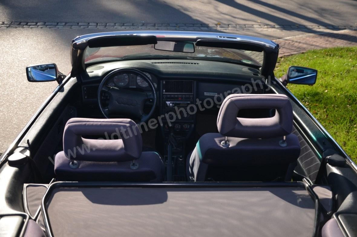 Audi 80 Cabrio Interieur von oben hinten