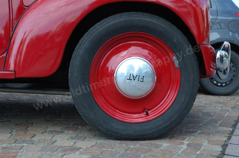 Fiat-NSU Topolino C Radkappe auf roter Felge | Oldtimerphotography ...