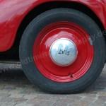 Fiat-NSU Topolino C Radkappe auf roter Felge