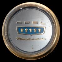 Logo Opel Kadett A Coupe auf Lenkrad (1962–1965)