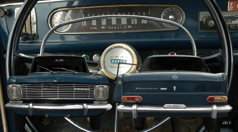 Opel Kadett A Coupé Doppelansicht mit Interieur in Originalfarbe