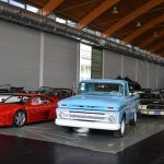 Ford Pick-up & Ferrari Testarossa