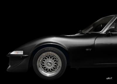 Opel GT in black (Frontdetail)