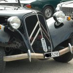 Citroën Traction Avant noch mit geschwungener Stoßstange