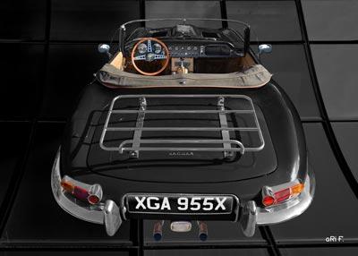 Jaguar E-Type Roadster Series I in black