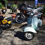 links Honda Monkey mit 50 ccm