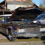 1970 Cadillac DeVille Convertible mit geöffneter Motorhaube
