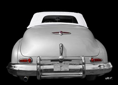 1947 Buick Super Convertible in black & silver closed