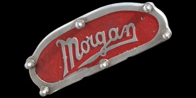 Logo Morgan Threewheeler Super Sports von 1934 auf Ventildeckel