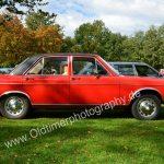 Audi 100 LS Vierrtürer auf einem Oldtimertreffen