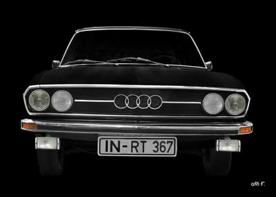 Audi 100 C1 in pure black & black front view