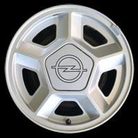 Logo Opel Manta B auf Leichtmetallfelge