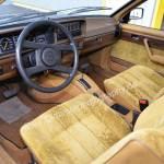 Opel Monza S-Ausstattung mit Feinvelours in beige