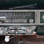 Chrysler Imperial mit serienmäßigem Röhren-Radio