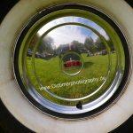 Chrysler Imperial mit original Radkappen und roter Krone darauf
