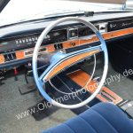 Opel Diplomat A mit silber-blauem Lenkrad