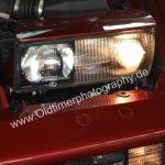 BMW 850i Detailansicht mit aufgeklappten Scheinwerfer